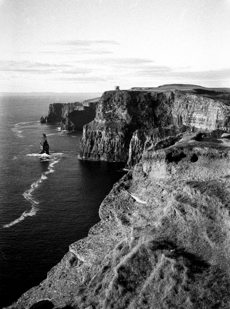 CLIFFS OF MOHER - IRELAND scan from Ilford PAN400